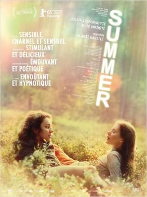 Sangaïlé, jeune fille de 17 ans, passe l'été avec ses parents dans leur villa au bord d'un lac de Lituanie.  Comme chaque année, Sangaïlé se rend au show aérien. Cette fois, elle y fait la connaissance d'Austé, une fille de son âge, aussi extravertie que Sangaïlé est timide et mal dans sa peau. Une amitié va s'épanouir dans la sensualité de l'été...  Film franco-lituanien de Alanté Kavaïté, sorti en France le 29 juillet 2015, avec Julija Steponaityte, Aistė Diržiūtė, Jūratė Sodytė et Martynas Budraitis.  LIRE LA CRITIQUE