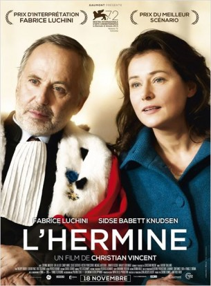 Michel Racine est un Président de cour d'assises redouté. Aussi dur avec lui qu'avec les autres, on en prend toujours pour plus de dix ans.  Tout bascule le jour où il retrouve Ditte Lorensen-Coteret. Elle fait parti du jury qui va devoir juger un homme accusé d'homicide.  Six ans auparavant, Racine a aimé cette femme. Presque en secret. Peut-être la seule femme qu'il ait jamais aimée.  Film français de Christian Vincent, sorti en France le 18 novembre 2015, avec Fabrice Luchini, Sidse Babett Knudsen, Eva Lallier, et Corinne Masiero.  LIRE LA CRITIQUE