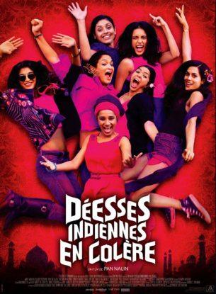 Elles sont actives, indépendantes et libres. Des femmes indiennes d'aujourd'hui.  Réunies à Goa pour huit jours à l'occasion du projet de mariage d'une d'entre elles, elles se racontent leurs histoires d'amour, leurs doutes, leurs désirs.  Jusqu'à ce qu'une nuit pas comme les autres remette tout en question...  Film indien de Pan Nalin, sorti en France le 27 juillet 2016 avec Amrit Maghera, Rajshri Deshpande, Pavleen Gujral et Anushka Marchanda.  LIRE LA CRITIQUE