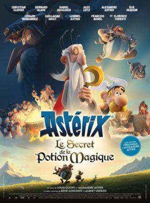 À la suite d'une chute lors de la cueillette du gui, le druide Panoramix décide qu'il est temps d'assurer l'avenir du village.  Accompagné d'Astérix et Obélix, il entreprend de parcourir le monde gaulois à la recherche d'un jeune druide talentueux à qui transmettre le Secret de la Potion Magique…  Dessin animé français de Louis Clichy, et Alexandre Astier, avec les voix françaises de Christian Clavier, Guillaume Briat et Alex Lutz.  LIRE LA CRITIQUE