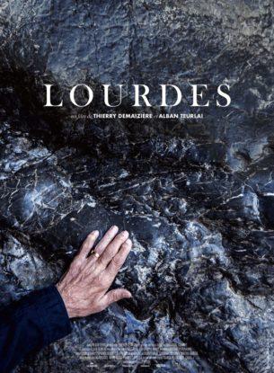 Le rocher de la grotte de Lourdes est caressé par des dizaines de millions de personnes qui y ont laissé l'empreinte de leurs rêves, leurs attentes, leurs espoirs et leurs peines. A Lourdes convergent toutes les fragilités, toutes les pauvretés. Le sanctuaire est un refuge pour les pèlerins qui se mettent à nu, au propre – dans les piscines où ils se plongent dévêtus – comme au figuré – dans ce rapport direct, presque charnel à la Vierge.  Film français de Thierry Demaizière, et Alban Teurlai, sorti en France le 8 mai 2019.  LIRE LA CRITIQUE