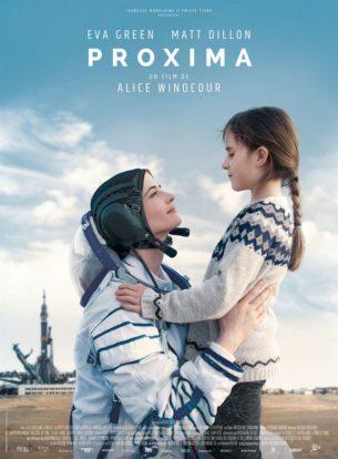 Sarah est une astronaute française qui s'apprête à quitter la terre pour une mission d'un an, Proxima. Alors qu'elle suit l'entraînement rigoureux imposé aux astronautes, seule femme au milieu d'hommes, elle se prépare surtout à la séparation avec sa fille de 8 ans.  Fim franco-allemand de Alice Winocour, sorti le 27 novembre 2019, avec Eva Green, Zélie Boulant-Lemesle et Matt Dillon.  LIRE LA CRITIQUE